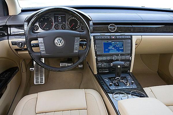 Na Mezinárodním ženevském autosalonu Volkswagen představuje novou generaci modelu Phaeton
