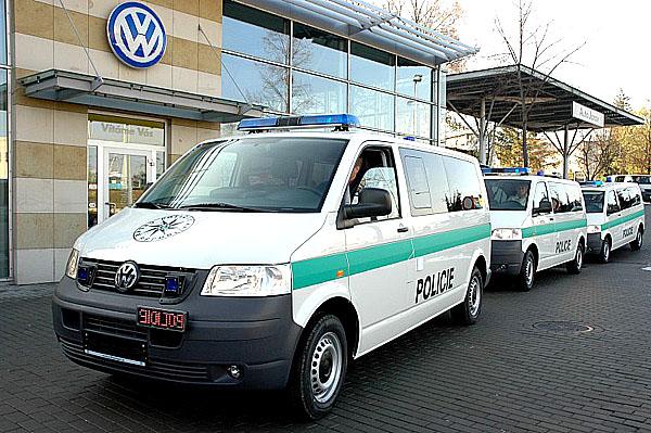 Třicet VW Transporterů pro Policii České republiky