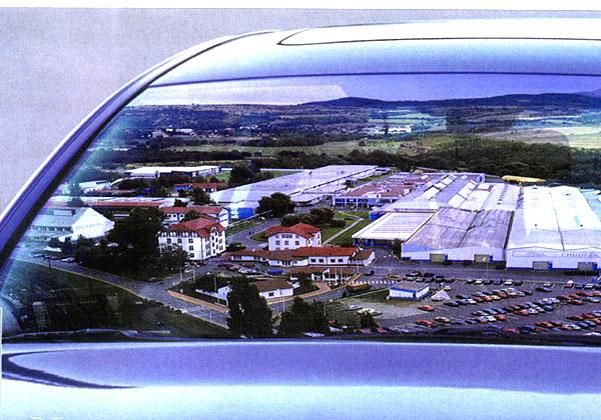 České sklo ve vozech Opel