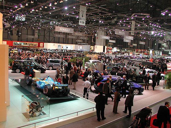 Autosalon vŽenevě byl pro návštěvníky otevřen včera 3. března 2005